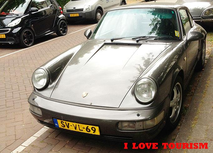 Машины в Амстердаме