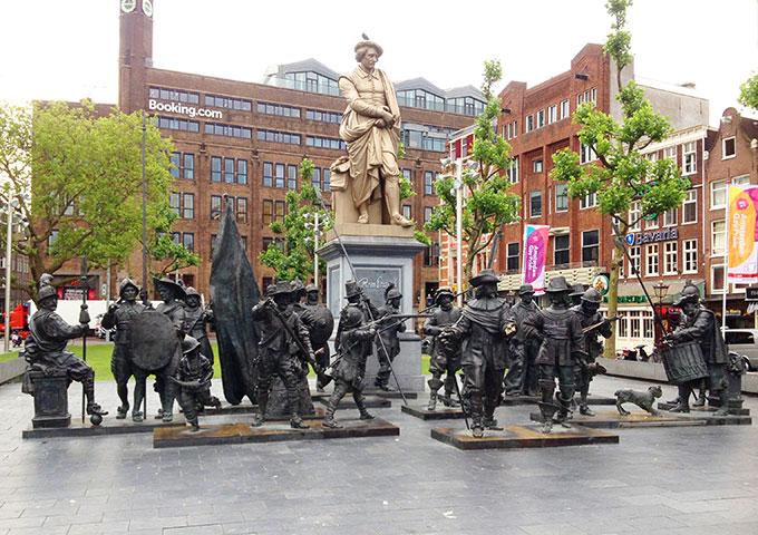 Памятник Ребрандту а Амстердаме